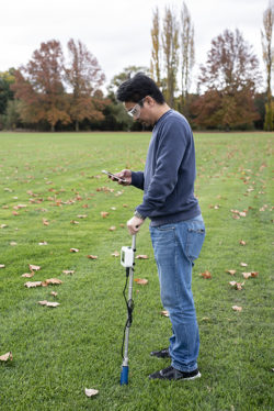 Measuring surface soil moisture with MP406 sensor and meter